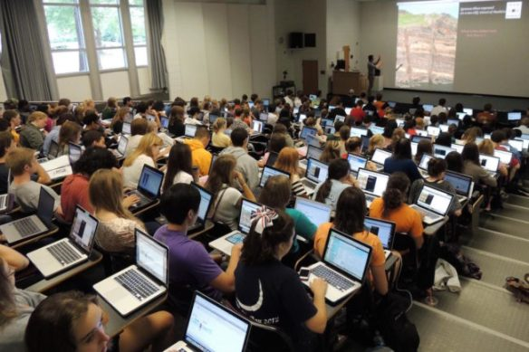 college-geology-class-taking-notes-laptop-650x433